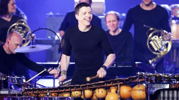 Der Perkussionist Martin Grubinger während eines Auftritts.