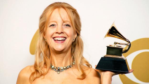 Komponistin und Orchesterleiterin Maria Schneider an den Grammy Awards.