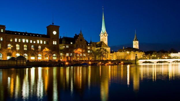 Zürich by Night.