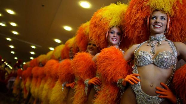 Moulin Rouge Tänzerinnen in Rio.