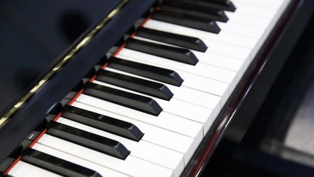 Eine Klavier-Tastatur