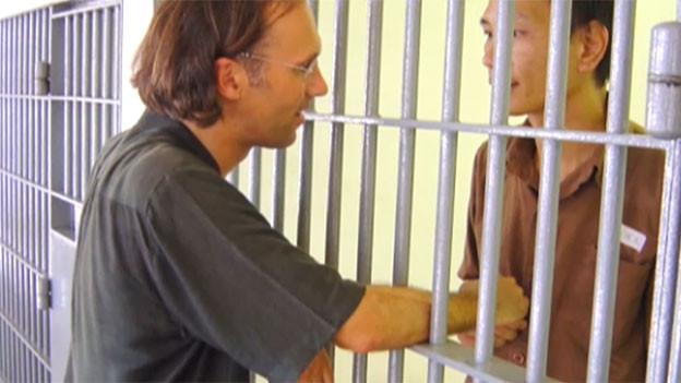 Pfarrer Brandner in einem chinesischen Gefängnis