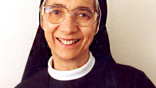 Porträt von Ordensfrau Liliane Juchli.