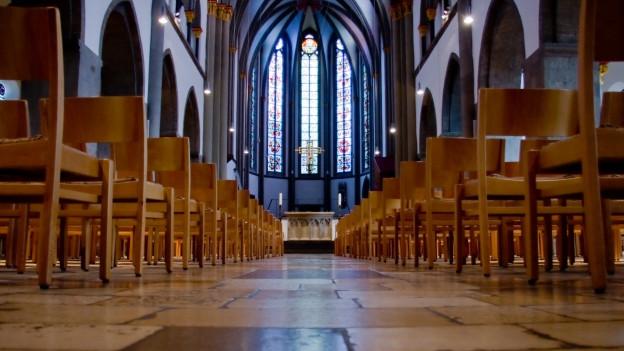 Ein Alter einer Kirche.