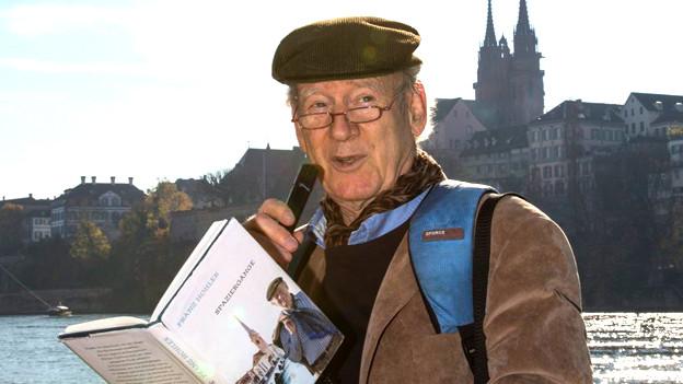 «Ich sehe etwas, was du nicht siehst»: Franz Hohler liest 2012 aus seinem Buch «Spaziergänge».