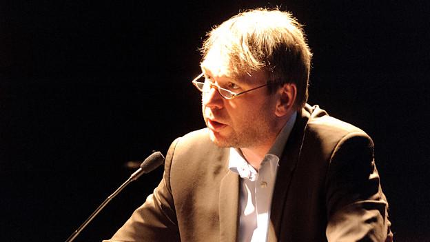 Autor Dirk Kurbjuweit.