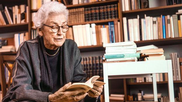 Laure Wyss, Schriftstellerin und Journalistin, aufgenommen am 19. Januar 1998 in Zürich.