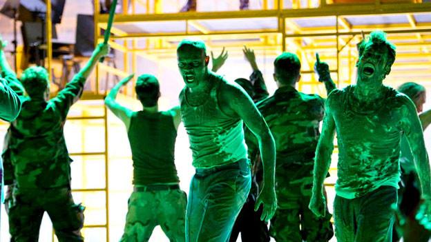 «Die Soldaten», inszeniert von Calixto Bieito am Opernhaus in Zürich.