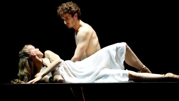 William Moore und Katja Wünsche als Romeo und Julia.
