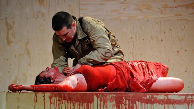 Büchner aktualisieren: Aufführung des «Woyzeck» am Stadttheater Bern 2009.