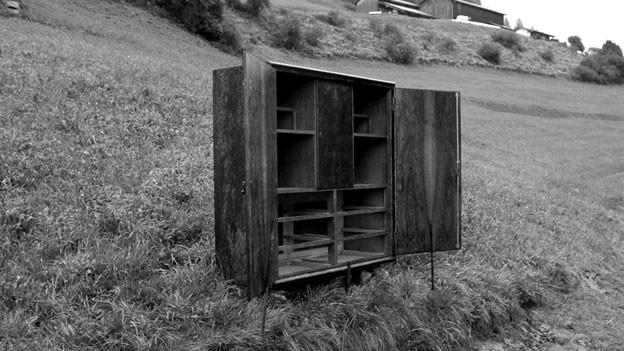 «Kapelle XI», mehrteilige Arbeit von Toni Parpan, Z(orten) 2011