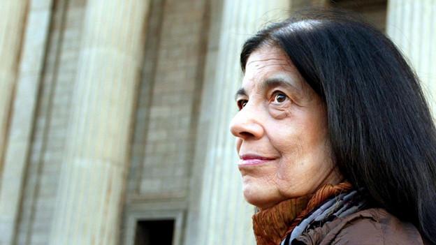 Die amerikanische Schriftstellerin Susan Sontag in Johannesburg, einige Monate vor ihrem Tod im Dezember 2004.