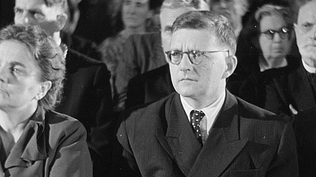 Portrait Dmitri Dmitrijewitsch Schostakowitchs im Publikum der Bachfeier in Leipzig, 28. Juli 1950