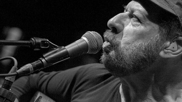 Joao Bosco ist stark vom amerikanischen Jazz beeinflusst.