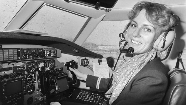 Regula Eichenberger, 1983, tritt ihre Arbeit für Crossair an.