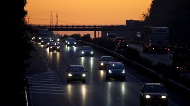 Wenn beim Auto das Licht ausgeht, kann es teuer kommen