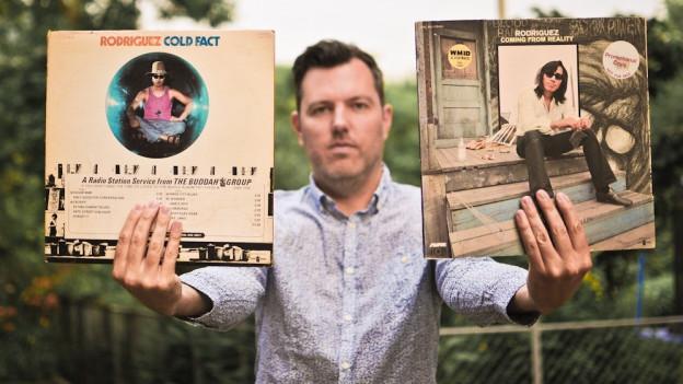 «Pop Routes»-Redaktor DJ Pesa mit seinen «Rodriguez»-Platten