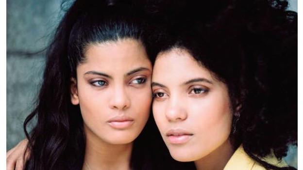 Ihr Vater Miguel war Perkussionist beim Buena Vista Social Club: Die Ibeyi-Twins aus Paris.