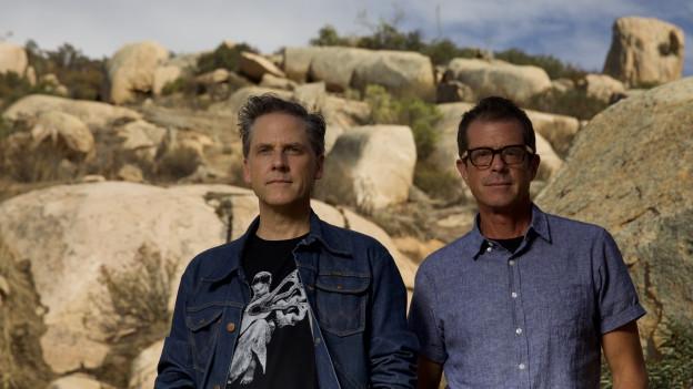 Joey Burns (l.) und John Convertino: Calexico in gewohntem Gelände.