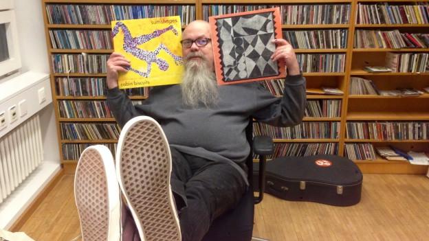 Düsi spürt in London auf, was Grossbritanniens Vinyl-Fans hören - und bringts ins «Sounds!»