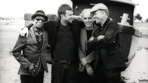 Ja, Legenden (v.l.): Tony Allen (Africa '70), Damon Albarn (Blur), Simon Tong (The Verve) und Paul Simonon (The Clash) sind The Good, the Bad & the Queen.
