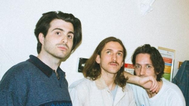 Was kommt schon aus Leeds? Dieses Trio zum Beispiel.