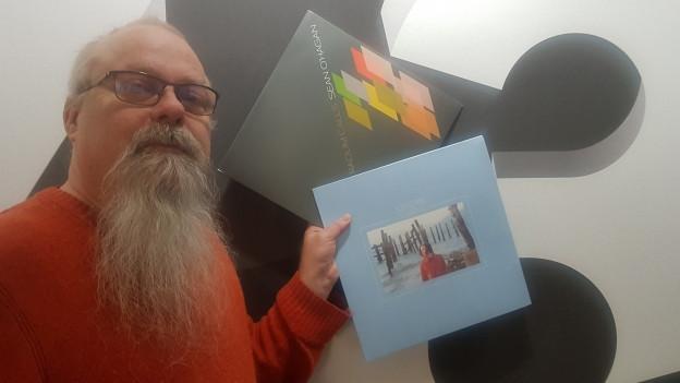 Düsi: Auch diesmal mit Vinyl im Koffer