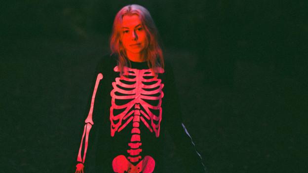 Bis auf die Knochen: Mit «Punisher» entblösst Phoebe Briders sich und die Welt.
