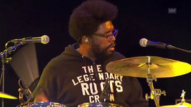 Drummer Questlove von The Roots am Open Air Frauenfeld 2015.