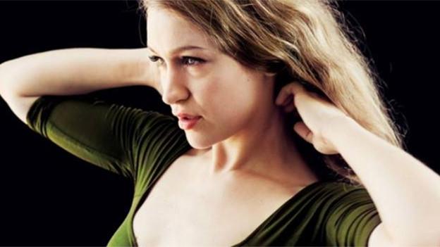 Porträtbild der Sängerin Joanna Newsom