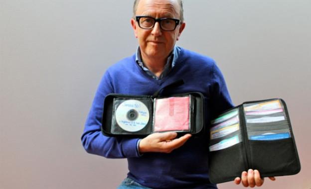 David Rodigan bringt nur noch zwei Etuis voll mit ein paar wenigen CDs mit in den Club, obwohl er über die vielleicht grösste Reggae Sammlung überhaupt verfügt.