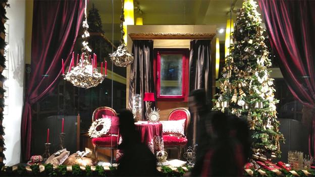 Heute ist Weihnachten nicht nur ein Geschäft, sondern auch eine Gelegenheit, Stilkompetenz zu zeigen und seine Deko neuen Trends anzupassen.