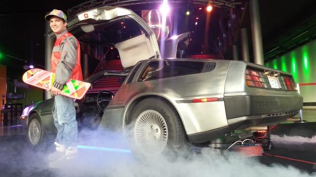 Roland Hirter mit seinem DeLorean.