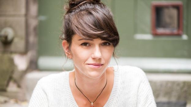 Sarah Spale.