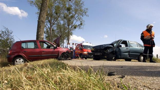 Auf einen unverschuldeten Unfall folgte beinahe der Ausweisentzug (Symbolbild).
