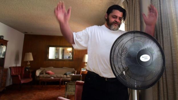 Wenn die Wohnung zur Sauna wird, hilft auch der Ventilator nicht mehr viel.