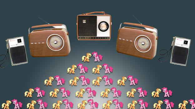 Wiehernde Ponys und knisternde Radios.