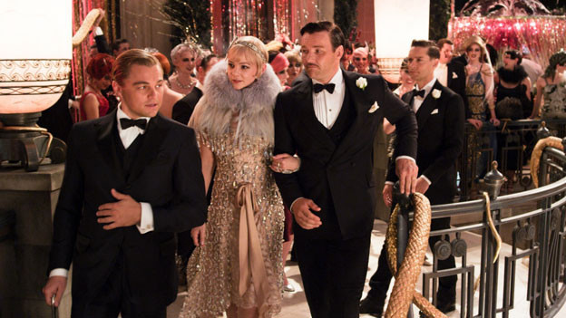 Jay Gatsby (Leonardo DiCaprio), seine Angebetete Daisy (Carey Mulligan), ihr Mann (Joel Edgerton) und ihr Cousin Nick (Tobey Maguire).