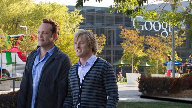 Billy (Vince Vaughn, links) und Nick (Owen Wilson) suchen eine neuen Job und werden bei Google fündig.