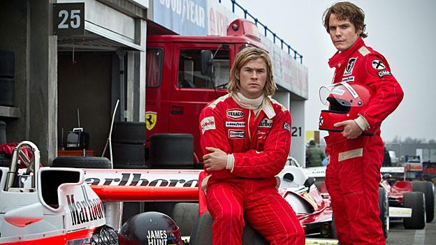 Sie sind zwar Gegner, aber sie respektieren einander: James Hunt (Chris Hemsworth, links) und Niki Lauda (Daniel Brühl).