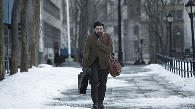 Kein Wintermantel, kein Geld: Folksänger Llewyn Davis (Oscar Isaac) ist schlecht ausgerüstet fürs Leben in New York.
