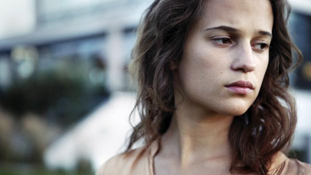 Alicia Vikander überzeugt als von ihrem Schicksal überforderte junge Mutter.