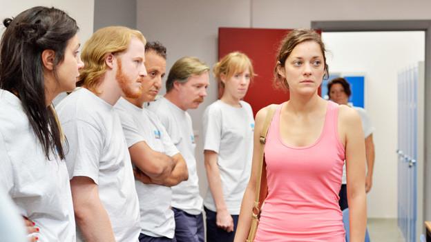 Sandras (Marion Cotillard) Job-Aussichten sind alles andere als rosig.