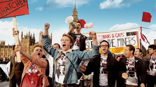 «Pride»: Schwule und Lesben gehen für Bergwerksarbeiter auf die Strasse.