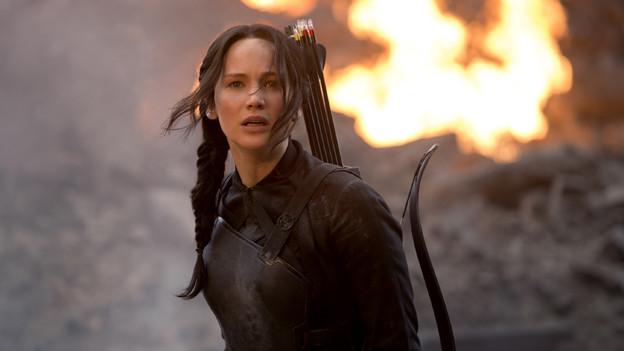 Heldin Katniss (Jennifer Lawrence) hat diesmal Pfeile mit Sprengköpfen im Köcher.
