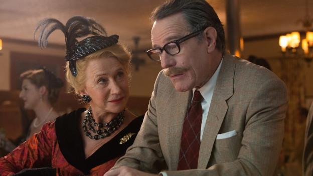 Die Journalistin Hedda Hopper (Helen Mirren) macht Dalton Trumbo (Bryan Cranston) das Leben schwer.
