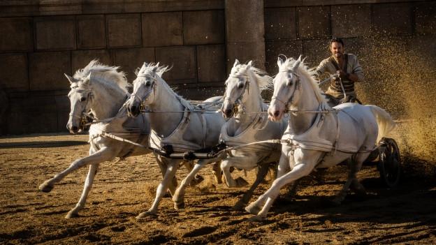 Ben-Hur-Darsteller Jack Huston betont, die Pferde und Wagen seien echt.