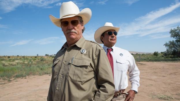 Cool bis zum Abwinken: Jeff Bridges (links) und Gil Birmingham als Texas Rangers.
