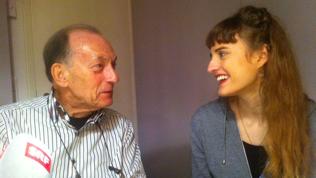 Die Focus-Gäste im Gespräch: Dieter Loose (81) und Selma Imhof (18).