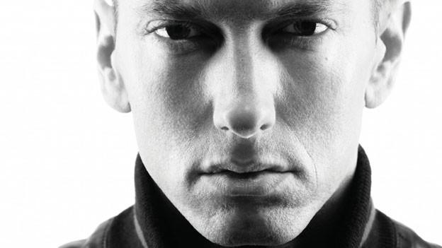 Eminem rappt sich zurück an die Spitze.